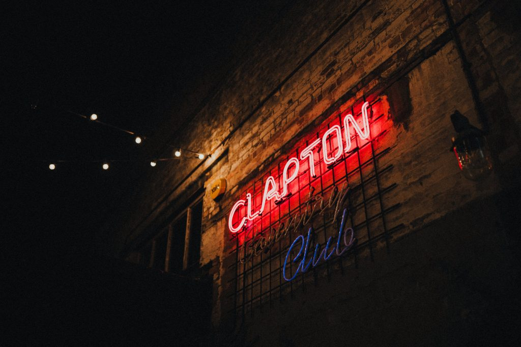 clapton country club sign